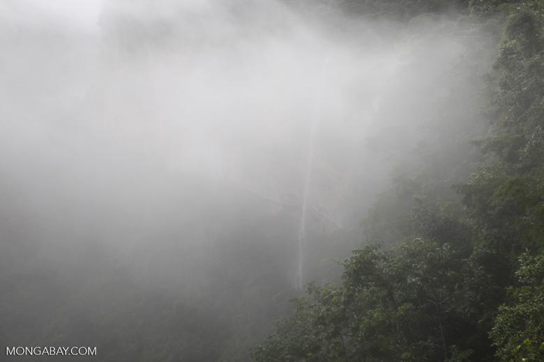 Waterfall at Chapada (through the mist) [brazil_0039]