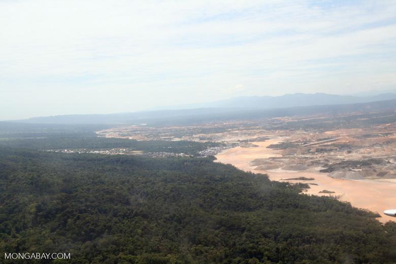 Giant Rio Huaypetue gold mine