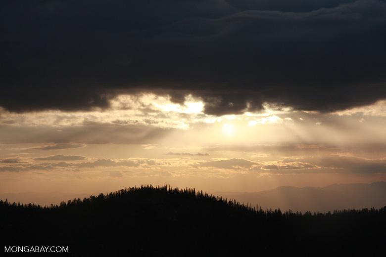 Sunset over Utah (photo)