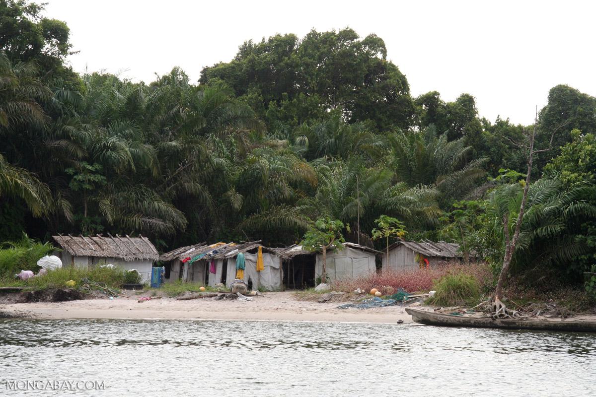 Fishing village on lagoon near Loango National Park