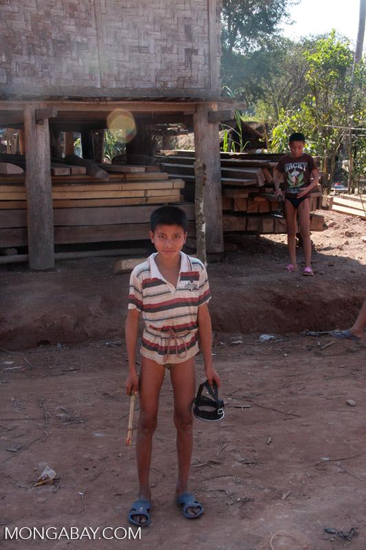 Boy preparing to go spearfishing