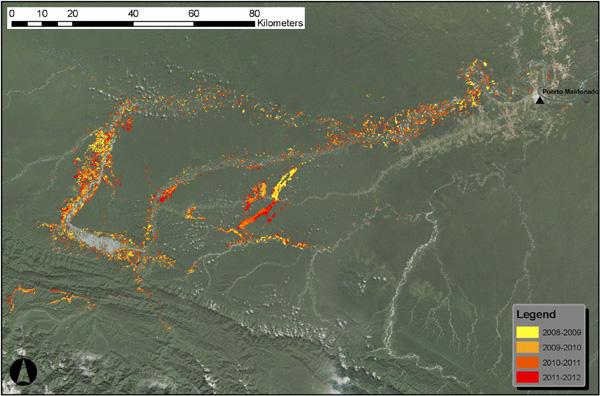 上:マドレデディオス地区南部の大小の鉱山の拡大と出現 下:世界規模の不況と金の価格の急騰後の2008 年ー2012 年における大小の鉱山の稼働による新たな森林破壊 2013 年アスナーらの許可により転載