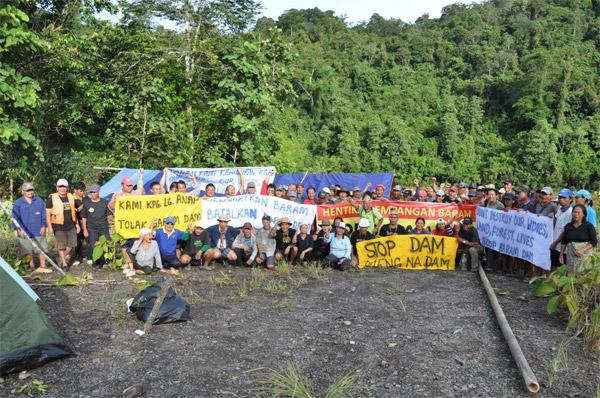 Baram dam site blockade.