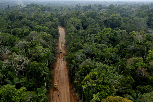Oil extraction road in the Ecuadorian Amazon