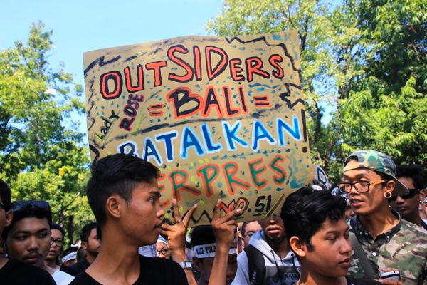 Protesters in Bali in June 2014.