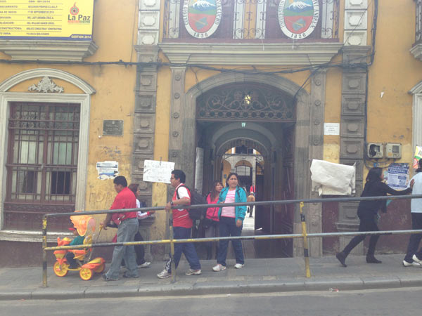 Voters file out of a Colegio Nacional San Simón de Ayacucho (The National High School of St. Simon of Ayacucho) on regional election day: March 29, 2015. In the midst of a major corruption scandal implicating members of the government, the President's party, the MAS, suffered heavy losses, including the governorship of La Paz and el Alto, two regions that have been his bastions of support in the past. Photo credit: Alexandria Ellerbeck.