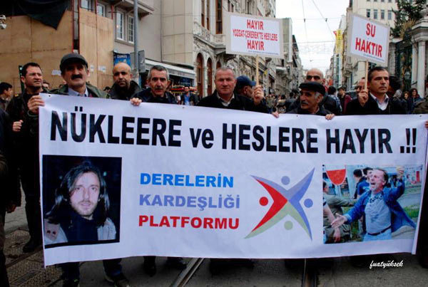 "A protest in Istanbul organized by the Brotherhood of the Rivers Platform against a planned nuclear power plant in the Black Sea town of Sinop and various hydropower plants elsewhere in the region. The banner reads: ""No to nuclear and hydropower."" Photo: Brotherhood of the Rivers Platform/Fuat Yüksek"