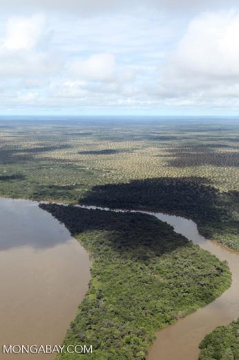 Aerial view of the Rio das Mortes [brazil_0818]