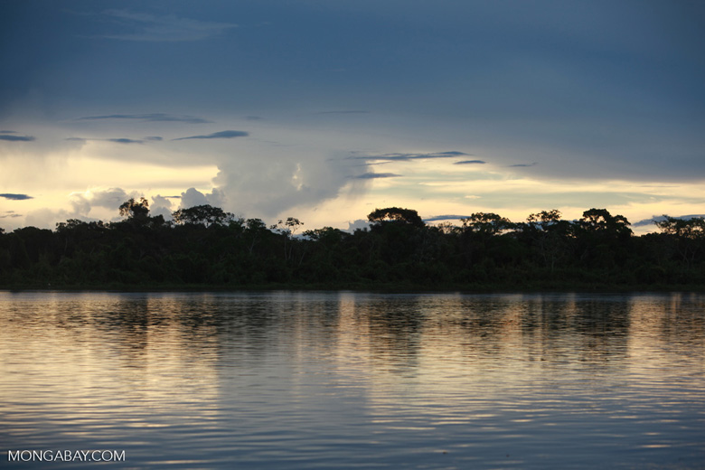 Sunset on the Rio das Mortes [brazil_1110]