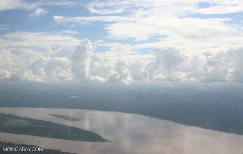 Aerial view of the Amazon river [co02-0052]