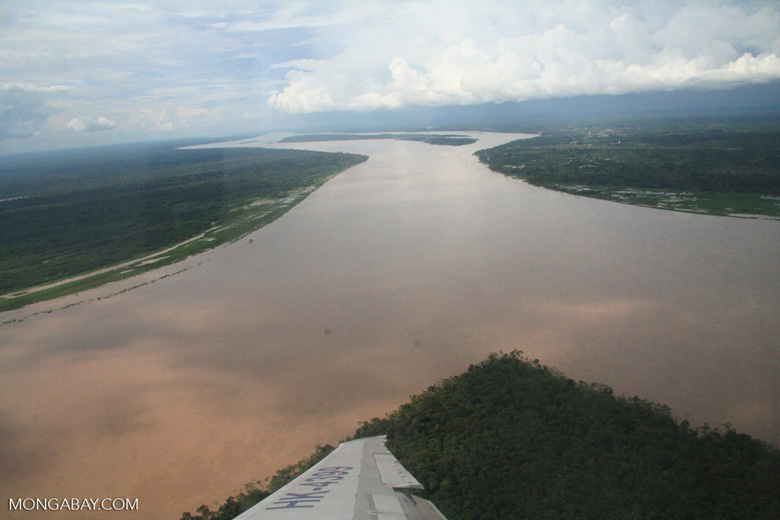 Aerial view of the Amazon river [co02-0059]