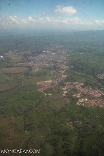 Aerial view of Pereira [co02-9183]