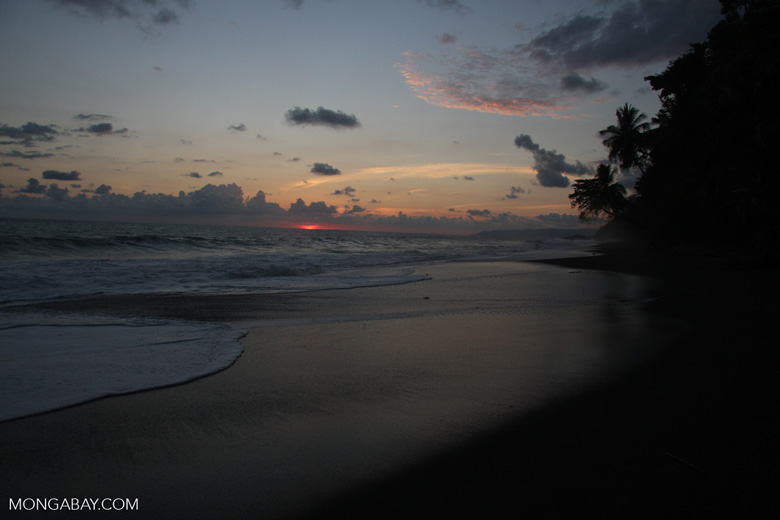 Waves breaking on an Osa Peninsula beach at sunset [costa-rica-d_0521]