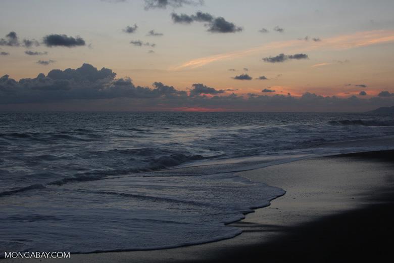 Waves breaking on an Osa Peninsula beach at sunset [costa-rica-d_0537]