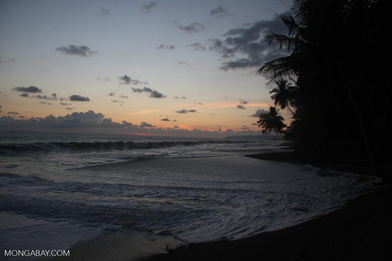 Waves breaking on an Osa Peninsula beach at sunset [costa-rica-d_0539]