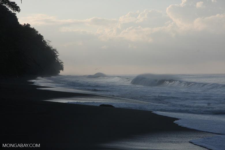 Waves breaking on an Osa Peninsula beach [costa-rica-d_0547]