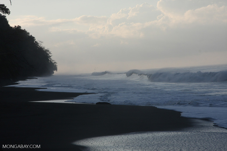 Waves breaking on an Osa Peninsula beach [costa-rica-d_0552]