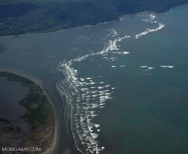 Surf and coastline near Puerto Escondido [costa-rica-d_0677]
