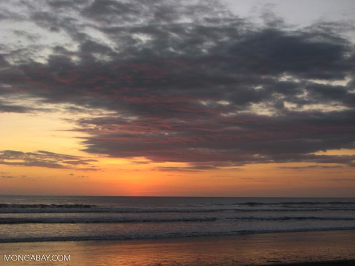 Sunset in Dominical [costarica-101]