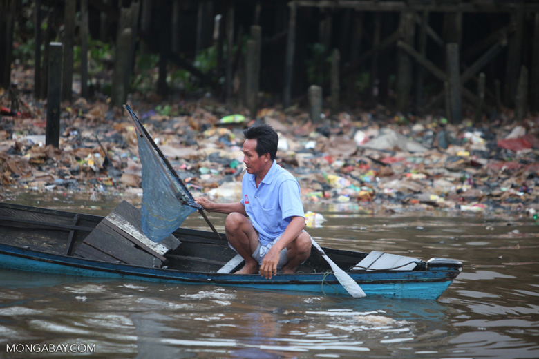 Man fishing in Banjarmasin