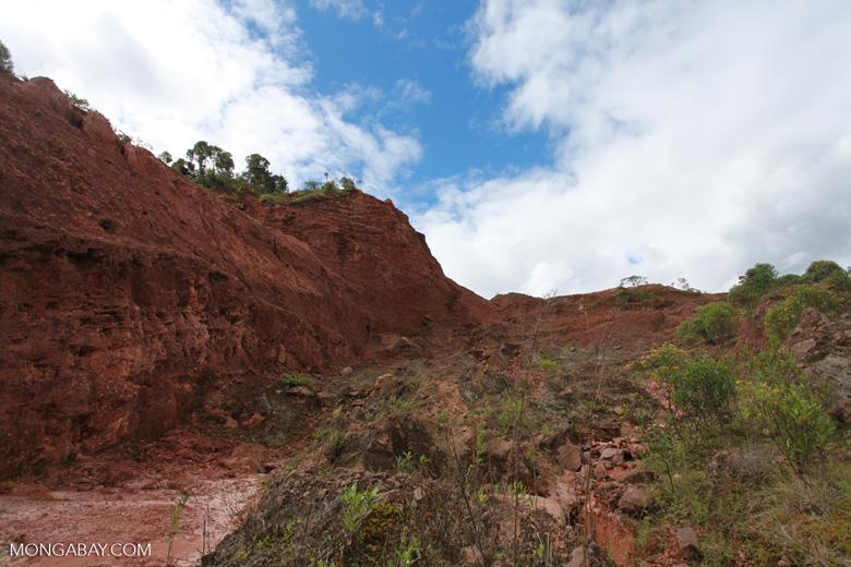 Graphite mine near Mantandia