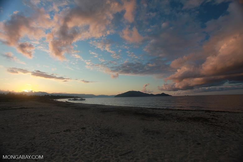 Bay on Antongil at dawn [madagascar_2237]
