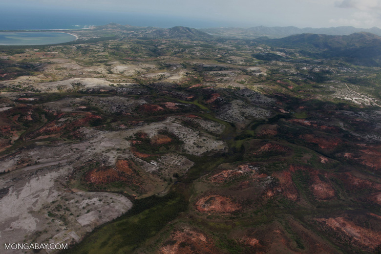 Aerial view of erosion in southern Madagascar [madagascar_3093]