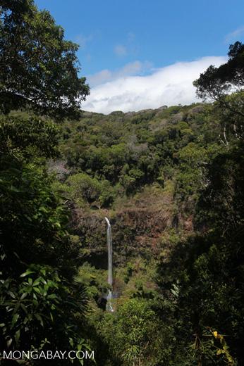 Cascade d'Antomboka waterfall