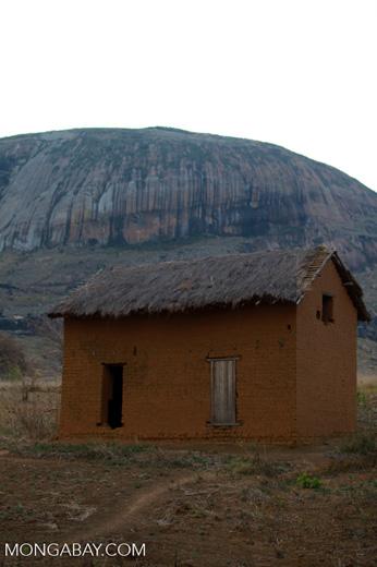 Brick house near Anja