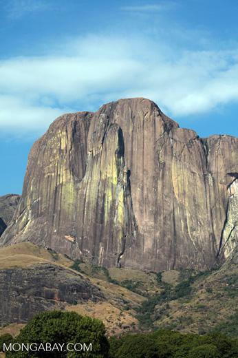 Tsaranoro Mountain [madagascar_5944]