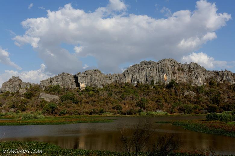 Tsingy of Ankarana as seen from the western side [madagascar_ankarana_0018]