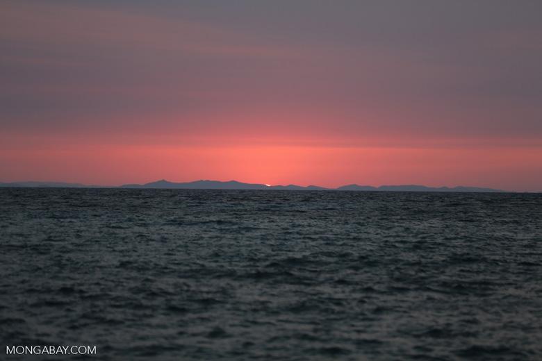 Sunset off Nosy Komba [madagascar_nosy_komba_0123]