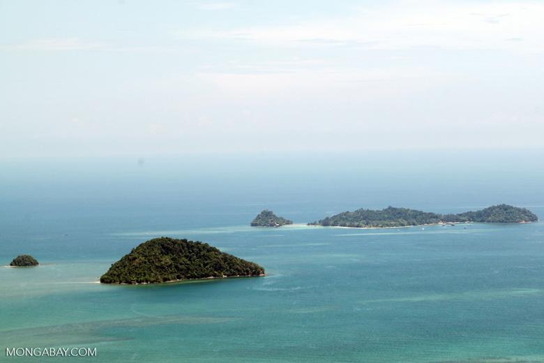 Islands -- sabah_2276