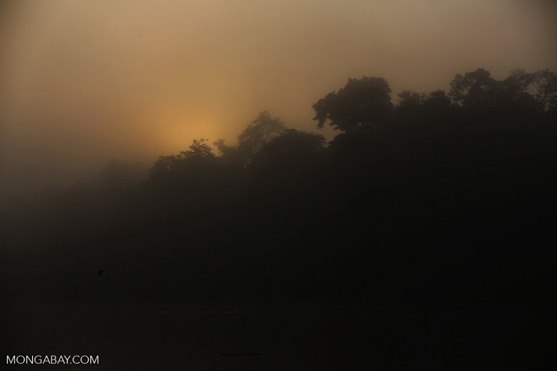 Sunrise over the Kinabatangan River -- sabah_3028