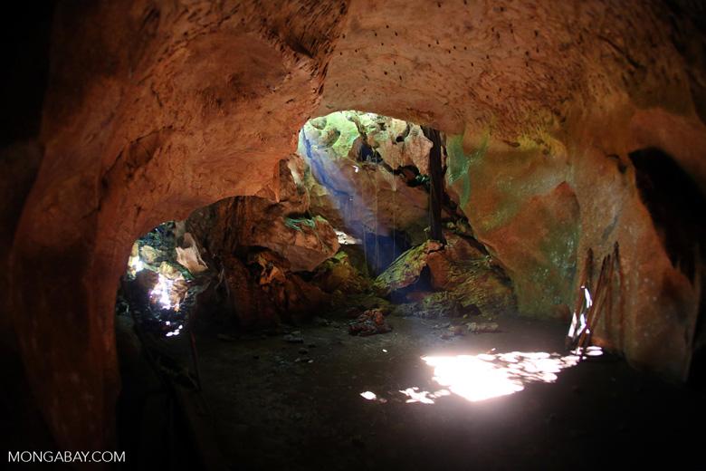 Batu Putih cave