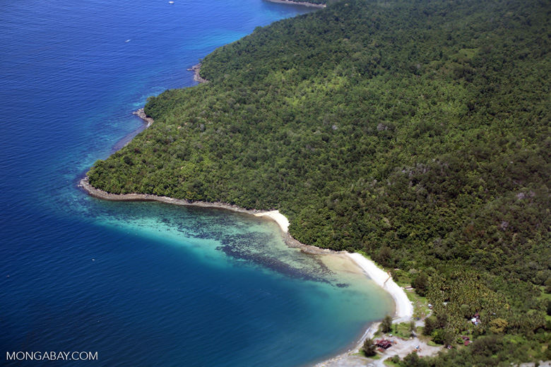 Beaches, coral reefs, and rainforests off Borneo -- sabah_aerial_0114
