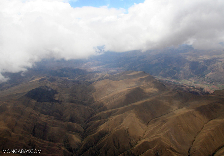Andes mountains in Peru [aerial-andes-Aerial_1024_3129]