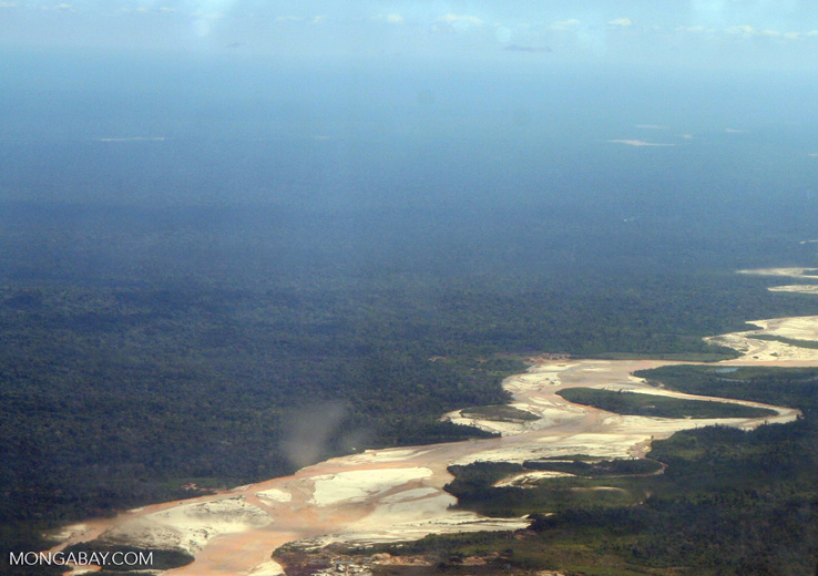 Meandering rainforest river with large beaches and sandbars