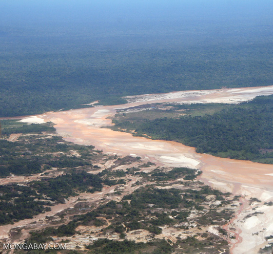 Downstream from the Rio Huaypetue gold mine.