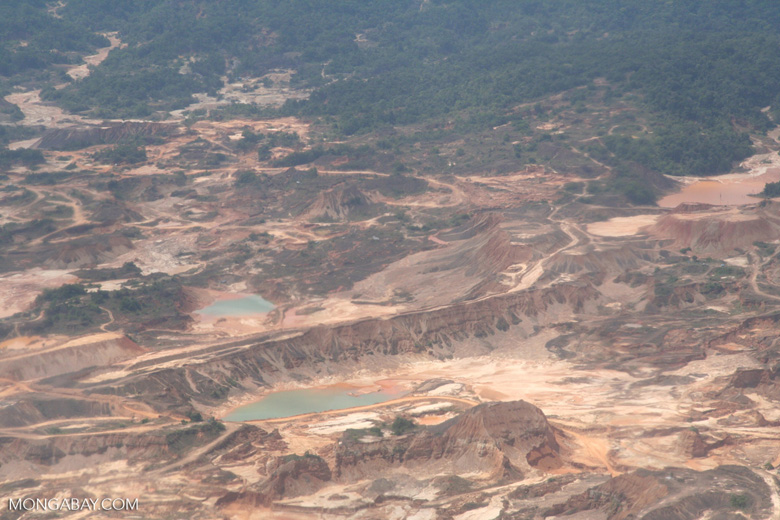 Mining operations at Rio Huaypetue gold mine [aerial-rainforest-Flight_1022_1522]