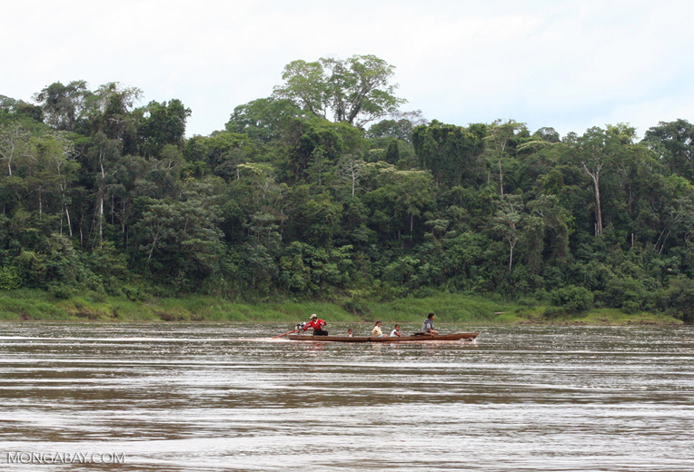 People in canoe on the Rio Tambopata