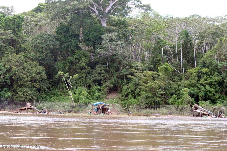 Water box used by gold miners (mineros) along the Rio Tambopata [tambopata-Tambopata_1029_4870]