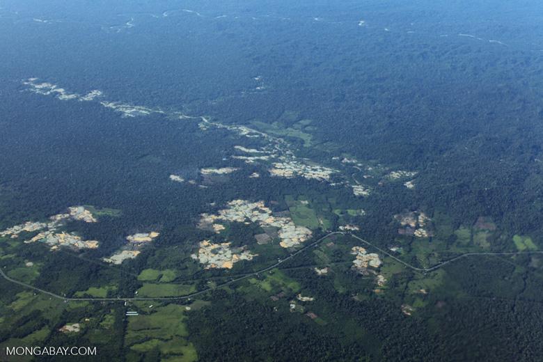 Mosaic deforestation near Peru's Transoceanic highway