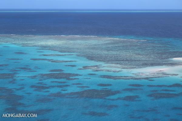 Great Barrier Reef off Australia [australia_great_barrier_reef_0360]