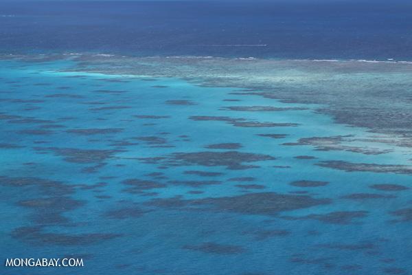 Great Barrier Reef off Australia [australia_great_barrier_reef_0367]