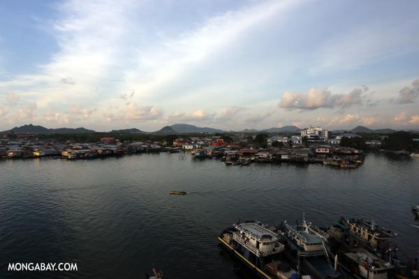 Semporna fishing village [sabah_mabul_semporna_0010]