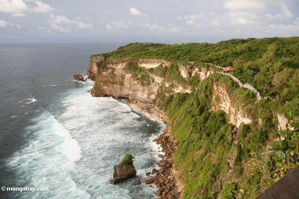 Coast below Uluwatu temple (Jimbaran, Bali