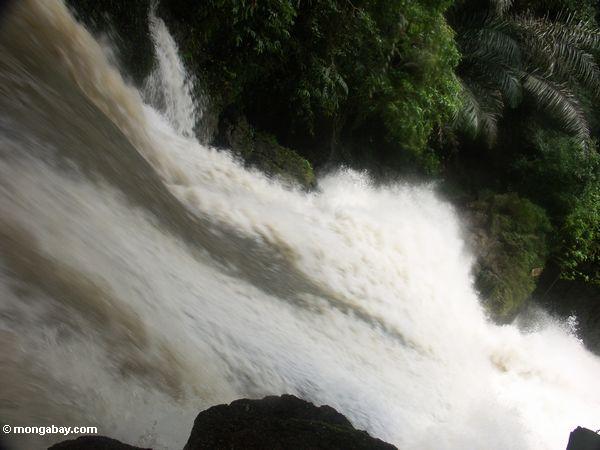Bantimurung falls (Sulawesi - Celebes) -- rb087