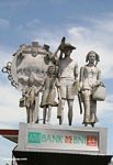 Statue encouraging Indonesians to have only two children (Sulawesi - Celebes)