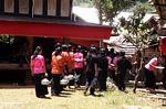 Girls lining up for funeral ceremony (Toraja Land (Torajaland), Sulawesi)